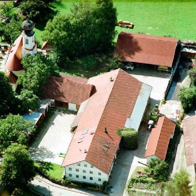 http://www.eichenkofen.de/ippisch/extdoc/luftbild.jpg